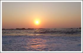 日本海にしずむ夕陽